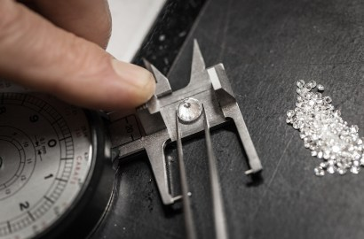 Mined vs. Man-Made Diamonds: Can a Great Jewelry Collection Contain Both?