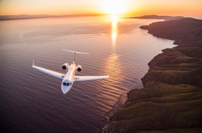 Up and Away: The Smart New Ways to Fly by Private Jet