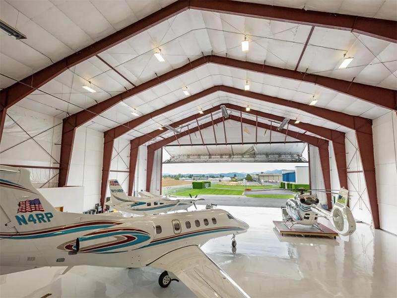 The hangar at Sky Pine Estate