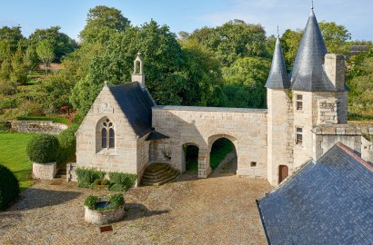 Find Heritage—and Happily Ever After—at this Renovated 15th-Century French Castle