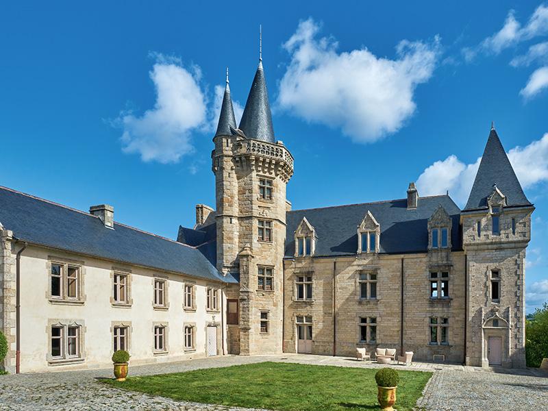 Exterior of Château du Hénan in Brittany