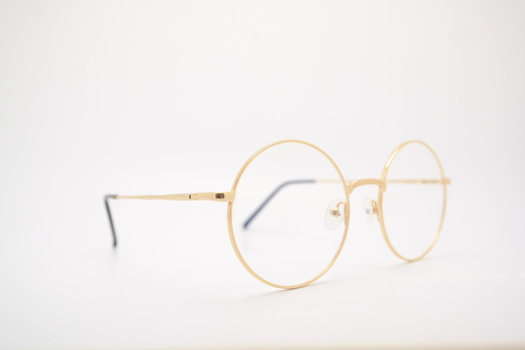 glasses color life