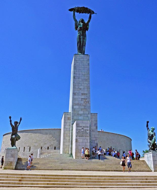 Freiheitsstatue am Gellertberg Budapest