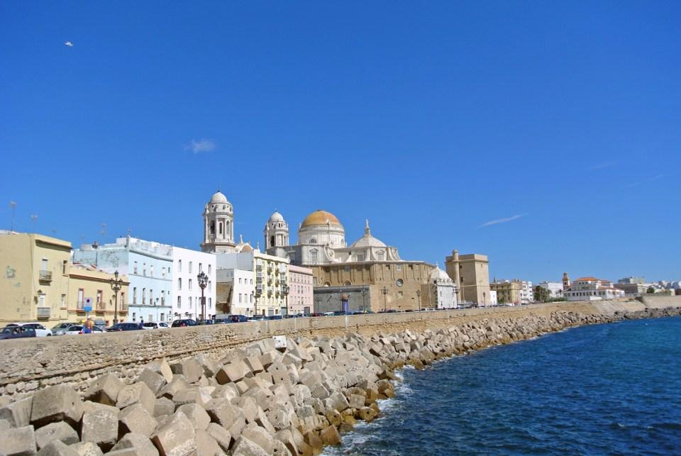 Blick auf die Catedral de Cadiz