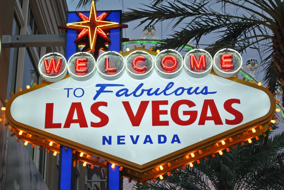 Welcome to Fabulous Las Vegas Schild