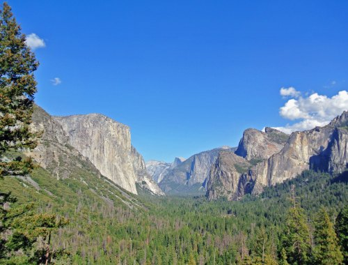 Ausblick vom Tunnel View im Yosemite National Park