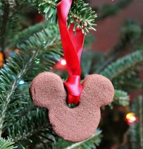 mickey-mouse-cinnamon-ornament-tutorial-on-momspotted