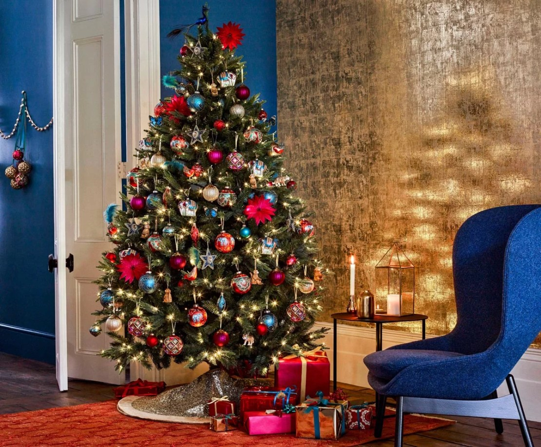 John Lewis Christmas Tree Themes.The Expert Guide To Decorating A Christmas Tree Christmas