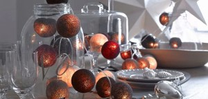 Christmas dinner table decorations