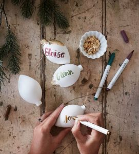 diy xmas baubles