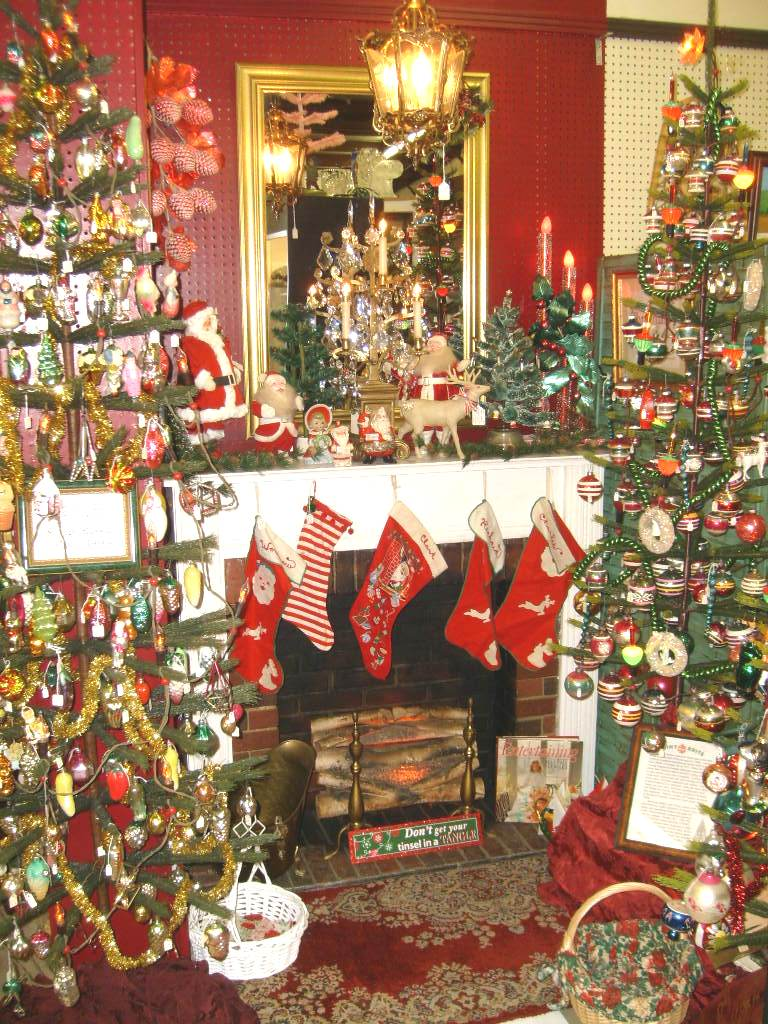 1940 style christmas decorations. Black Bedroom Furniture Sets. Home Design Ideas