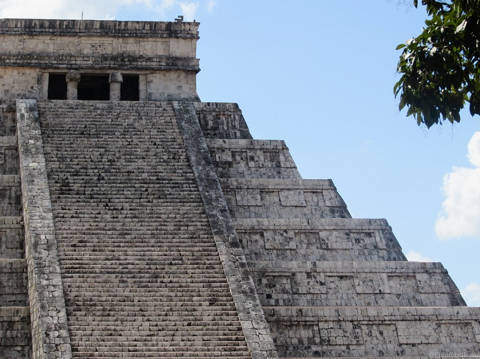 El Castillo - Day Trip to Chichen Itza, Yucatan, Mayan Ruins - Christobel Travel