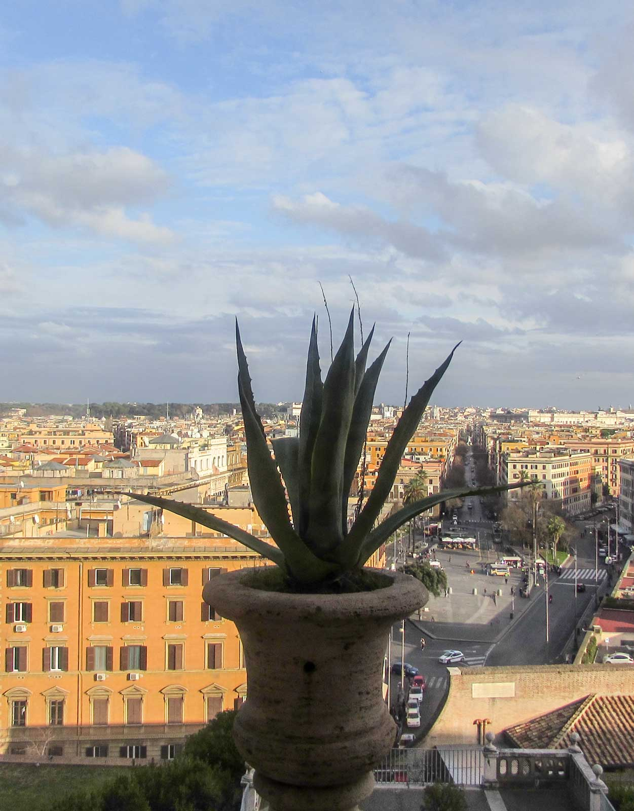 ROME TRAVEL GUIDE: 30 BEST THINGS TO DO IN ROME, ITALY