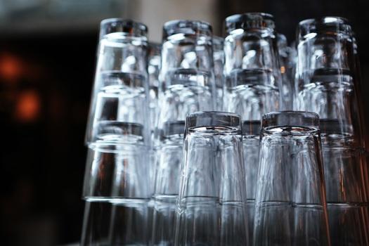 alcohol-bar-glass-shooters-medium