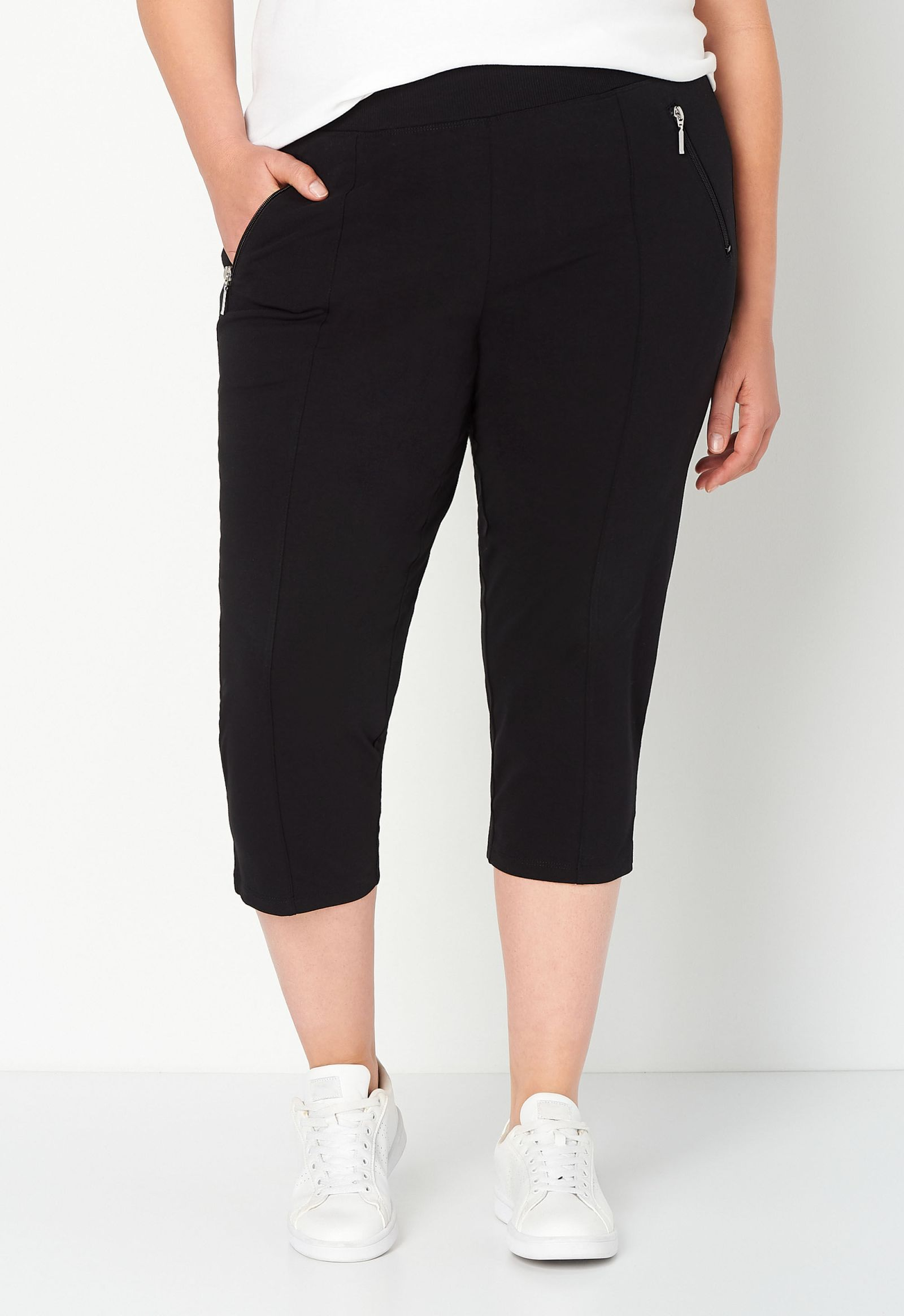 Relaxed Restyled Plus Size Zipper Pockets Capri 2