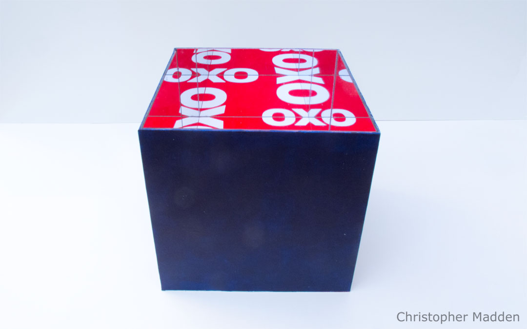Mirror based contemporary art - OXO cube