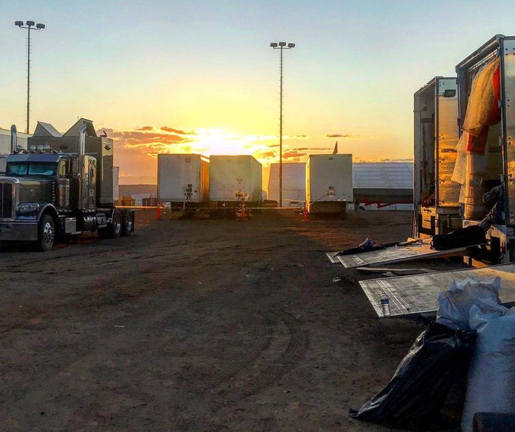 Photo de fin de tournage de Tenet, à Eagle Mountain, Californie, le 7 novembre 2019