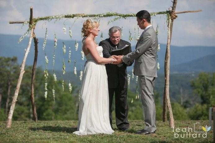 Smoky Mountain Outdoor Wedding Venue - Elope in Gatlinburg