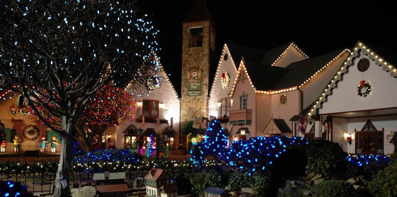 Guide to the Incredible Christmas Place in Pigeon Forge TN near ...