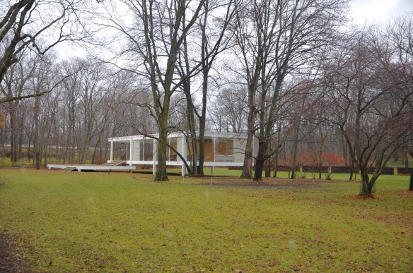 First view of the Farnsworth House approaching from the visitor's center.