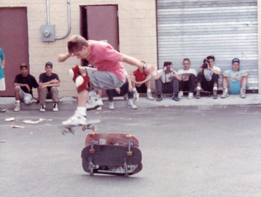 1990_WorldIndDemo_RodneyMullen-05-1000px