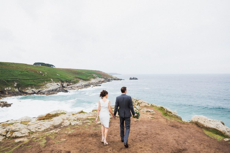 photos de couples à la pointe du Millier photographe de mariage à Quimper Brest