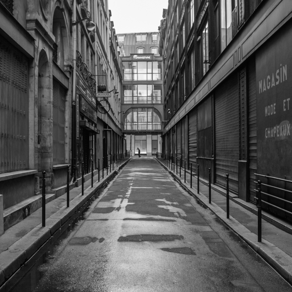 Empty street, Paris.