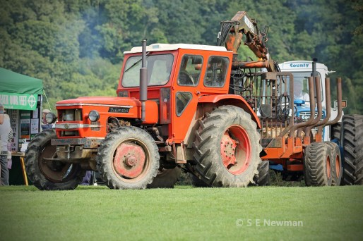 473A6235ChristowTractorsedited