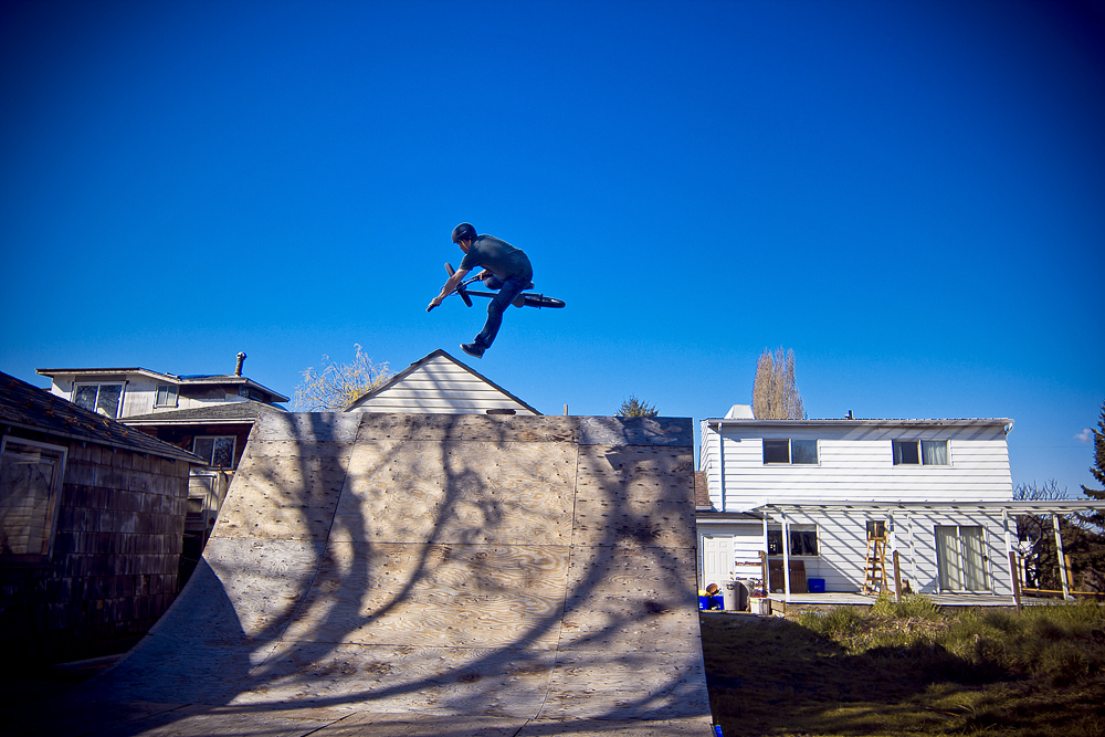 Chris Young 1-footed table on the wedge quarter at Ron Mercer's Woodyard backyard ramp.