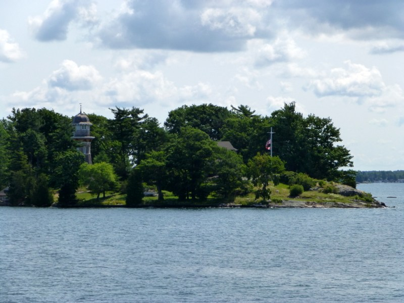 2 Week Road trip through Ontario and Quebec - 1000 Islands Boat tour