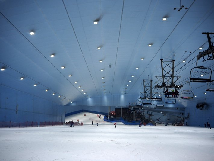 Skiing in Dubai