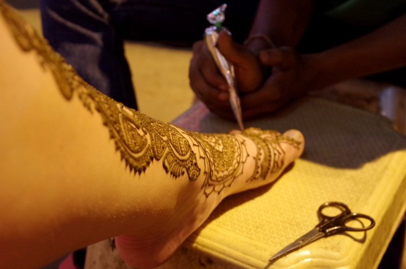 Henna tattoo in new delhi