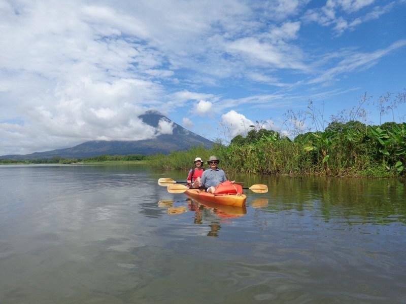 Kayak Ometepe © Loro Trips