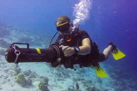 Diving with underwater scooters in bonaire