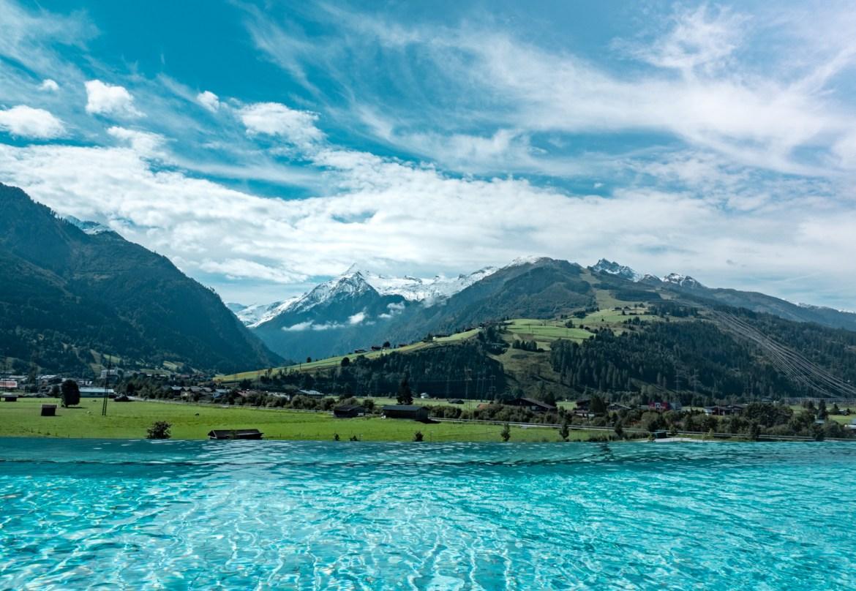 Österreich Bucket List Tauern Spa Blick Kitzsteinhorn