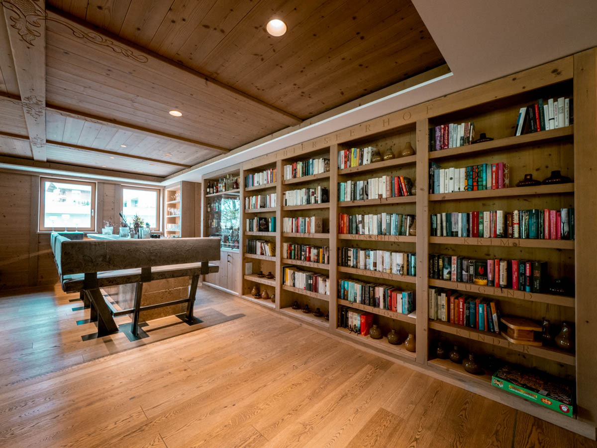 Thierseerhof Bibliothek