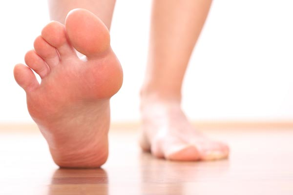 causes of chronic pain in the toes