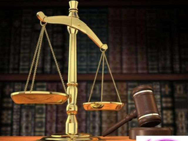 Court orders return of lawmakers