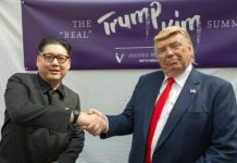 Kim and Trump lookalikes turned heads at a mall in Singapore