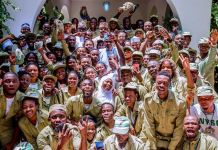 President Muhammadu Buhari and NYSC members in Daura, Katsina state