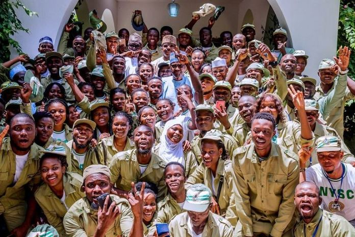 President Muhammadu Buhari and NYSC members in Daura, Katsina state