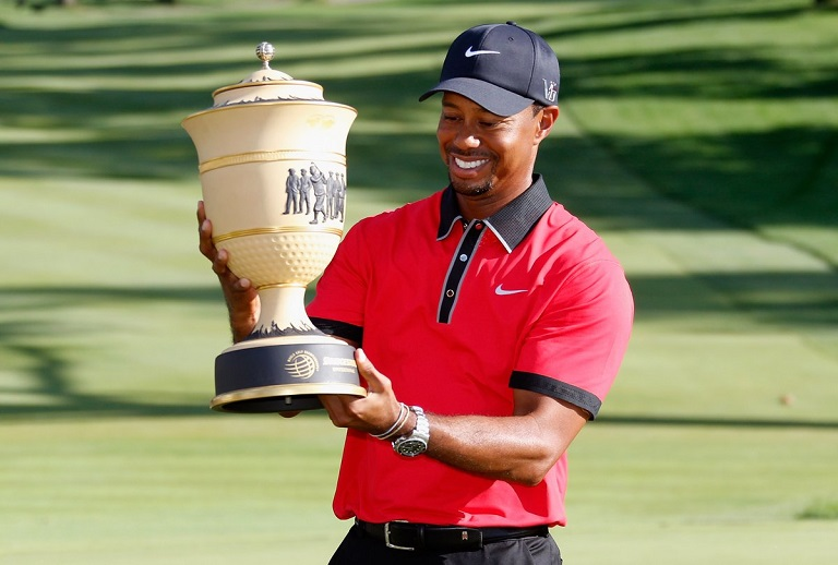 tour championship  tiger woods wins first trophy in five