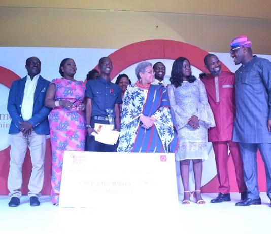 Michael Emmanuel (M) wins Quramo Writer's Prize 2018