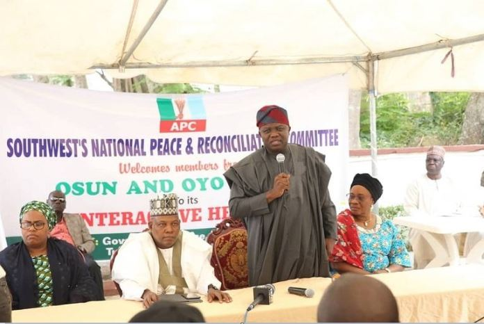 Governor Akinwunmi Ambode and Governor Kashim Shettima at the National Peace Reconciliation Committee meeting in Ibadan, Oyo State