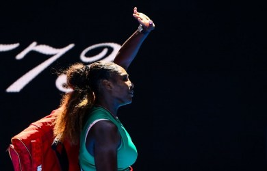 Karolina Pliskova beat Serena Williams to reach the semis at the Australian Open