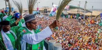President Muhammadu Buhari, Vice President Yemi Osinbajo and APC party leaders at the Oyo mega rally on Saturday
