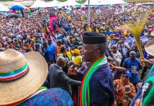 Vice President Yemi Osinbajo addressing the crowd in Akwa Ibom