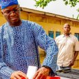Babatunde Fashola casting his ballot during the governorship polls in Lagos