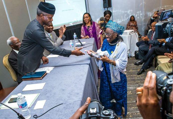 Vice President Yemi Osinbajo interacting with Nigerians in New York
