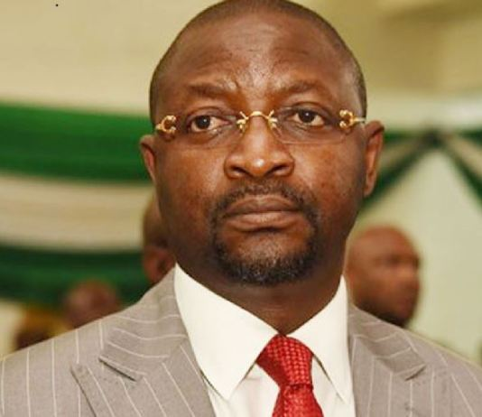 Sunday Dare, NCC's Executive Commissioner for Stakeholder Management lekki